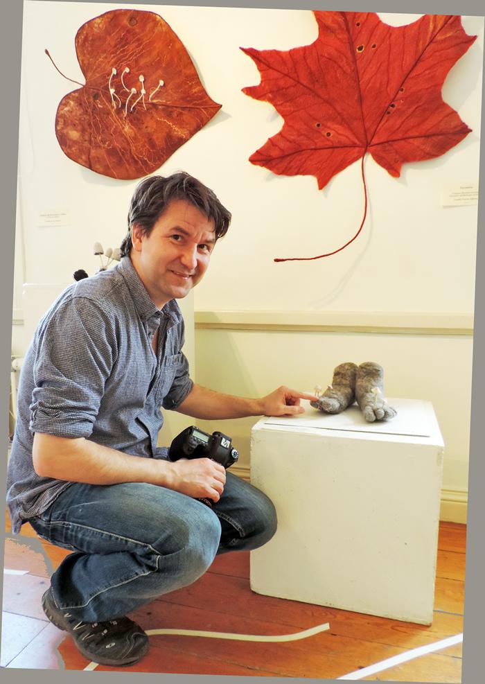 Michael Krikorev är biolog och arbetar som mykolog