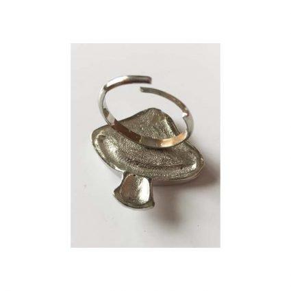 Ring, silverfärg med tre färger, baksida